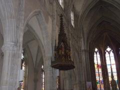 Eglise Saint-Amé - Français:   Détail en haut de la chaire, Église Saint-Amé, Plombières-les-Bains (Vosges, Lorraine, France)