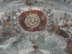 Eglise Saint-Geniès de Benque-Dessous - Français:   La colombe du Saint-Esprit entre plusieurs anges dont deux musiciens, fresques du chœur de l\'église Saint-Geniès de Benque-Dessous, Haute-Garonne, France.