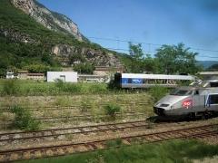 Gare -  II s'agit des premières séries du TGV Sud-Est, qui contiennent de I'amiante. Ils ont de surcroît dépassé la date maximale d'exploitation de trente ans prévue (un peu au hasard).