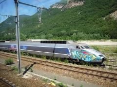 Gare -  Finalement, ces trains se sont révélés absolument increvables, et la SNCF rechigne à les envoyer à la casse, alors qu'ils  sont toujours bons pour Ie service.