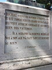 Statue de Bichat - Nederlands: Standbeeld (voet rechts) van Xavier Bichat in Bourg-en-Bresse