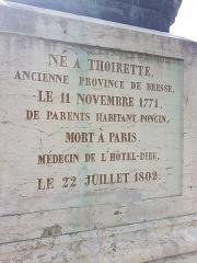 Statue de Bichat - Nederlands: Standbeeld (voet achterkant) van Xavier Bichat in Bourg-en-Bresse