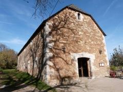 Ancienne grange monastique de Séveyrac - Français:   Grange monastique de Séveyrac: ancienne étable à boeufs restaurée