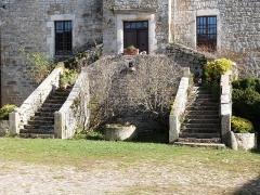 Ancienne grange monastique de Séveyrac - Français:   Escalier à double révolution permettant l\'accès à la tour de la grange monastique de Séveyrac