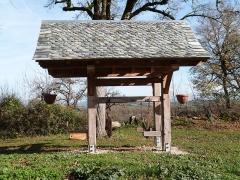 Ancienne grange monastique de Séveyrac - Français:   Grange monastique de Séveyrac: travail à ferrer