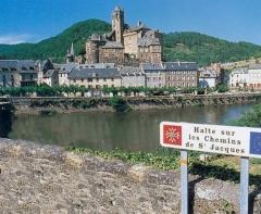Pont dit d'Estaing (également sur commune de Sébrazac) -  Date du cliché: septembe 2001 - Estaing (Aveyron).