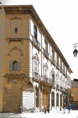 Immeubles formant la place d'Albertas - Deutsch:   Hôtel d\'Albertas in Aix-en-Provence