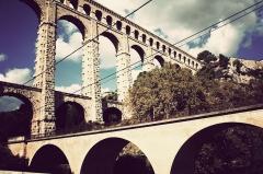 Aqueduc de Roquefavour (également sur commune d'Aix-en-Provence) -  Lignes imaginaires... Directions réelles... Le Passé et le présent se rejoignent!