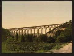 Aqueduc de Roquefavour (également sur commune d'Aix-en-Provence) -