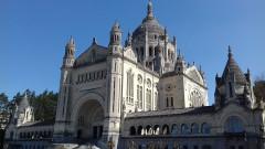 Basilique Sainte-Thérèse - Français:   Lisieux, Basilique S-te Thérèse