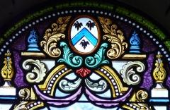 Eglise Saint-Méard - Français:   Armoiries sur un vitrail de l\'église Saint-Méard, Saint-Méard-de-Drône, Dordogne, France.
