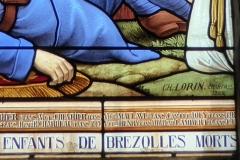 Ateliers de fabrication de vitraux, dits Ateliers Lorin - Français:   Baie 10 de l\'église Saint-Nicolas signée par Charles Lorin, 1922, Brezolles, Eure-et-Loir (France).