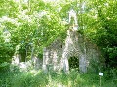 Domaine de Kernévez - Français:   Saint-Pol-de-Léon: l\'ancienne chapelle de Kerliviry en Cléder, reconstruite dans le parc du château de Kernévez.