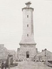Phares de la pointe de Penmarc'h - English:   Eckmühl lighthouse during it building.