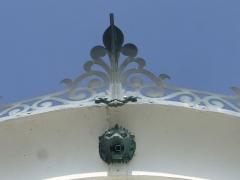 Phares de la pointe de Penmarc'h - English:   Eckmühl lighthouse\'s lantern\'s decoration.