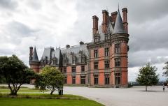 Ancien pavillon de chasse de Moniven -  Château de Trévarez, Brittany, France.