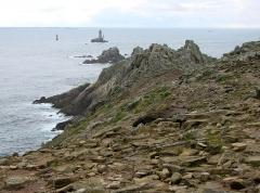 Phare de la Vieille - La lande bretonne à la pointe du Raz. Finistère.