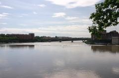 Pont des Catalans -  Pont des Catalans à Toulouse en mai 2007 (Haute-Garonne, France)