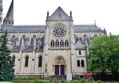 Eglise principale Saint-André - Deutsch: Nord-Querschiff der Kirche St. Andreas, Châteauroux, Département Indre, Region Zentrum-Loiretal, Frankreich