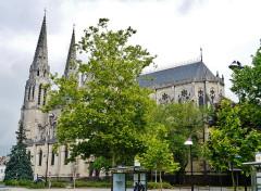 Eglise principale Saint-André - Deutsch: Nordseite der Kirche St. Andreas, Châteauroux, Département Indre, Region Zentrum-Loiretal, Frankreich