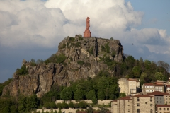 Statue de Notre-Dame de France - English: Le Rocher Corneille; Le Puy-en-Velay; Haute-Loire, Auvergne, France; ref: PM_048573_F_Le_Puy; La statue de Notre-Dame-de-France;; Photographer: Paul M.R. Maeyaert; www.pmrmaeyaert.eu, © Paul M.R. Maeyaert; pmrmaeyaert@gmail.com; Cultural heritage; Cultural heritage/Cathedral; Cultural heritage/Romanesque; Europe/France/Le Puy-en-Velay; LoCloud selectie