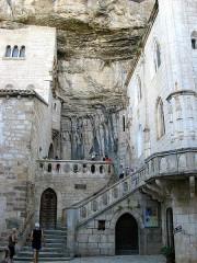 Parvis et escaliers de la cité religieuse -  Rocamadour