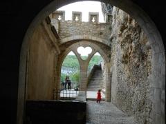 Parvis et escaliers de la cité religieuse - Français:   Rocamadour. Cité religieuse.