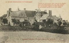 Manoir d'Inthéville - Français:   Le manoir d\'Inthéville à Fermanville, Normandie.
