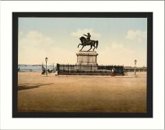 Statue de Napoléon Ier, à Octeville -  Statue of Napoleon I Cherbourg France