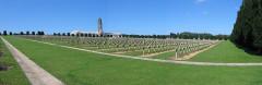 Ossuaire de Douaumont - Deutsch: Panorama Soldatenfriedhof Douaumont