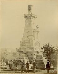 Nécropole de Chambière - French photographer