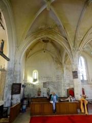 Eglise Saint-Lucien - Français:   Intérieur de l\'église - voir titre.
