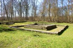 Temple gallo-romain de la forêt d'Halatte - Français:   Temple Gallo-romain de la Forêt d\'Halatte