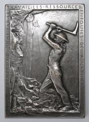 Monument aux morts de la compagnie des mines de Lens, situé à l'intersection de la route de Béthune et de l'avenue de la fosse 12 - French medal engraver