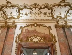 Ancien bâtiment ministériel (ouest) , actuellement Direction régionale des impôts, Direction des services fiscaux du Bas-Rhin (4 place de la République) , Trésorerie générale de la région Alsace et du département du Bas-Rhin (25 avenue des Vosges) -  Ancien ministère ouest au temps de la Prusse, ce superbe bâtiment accueil aujourd'hui les finances publiques. On peut voir le Chateau du Haut-Koenigsbourg reconstruit à la même époque dont l'empereur était très fier.