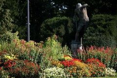 Statue monumentale dite Schweissdissi - English: Parc Tivoli