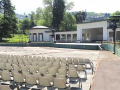 Parc thermal - English: Théâtre de Verdure, Parc floral des Thermes, Aix les-Bains, France.