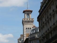 Institut océanographique -  La tour de l'hotel Gay Lussac, 29 rue Gay Lussac, 75005 Paris, France.