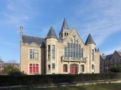 Cité Internationale Universitaire de Paris : Fondation Deutsch de la Meurthe -  Fondation Deutsch de la Meurthe @ Cité internationale universitaire @ Paris   Cité internationale universitaire, Paris, France.