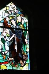Couvent de franciscains dit Saint-François -  Bleiglasfenster in der Kapelle (Seitenschiff) des Couvent des Franciscains in Paris (7, rue Marie-Rose im 14. arrondissement), Darstellung: hl. Antonius von Padua