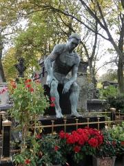 Cimetière Montmartre -  lots of naked dudes in paris