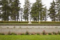 Mémorial terre-neuvien et parc commémoratif - English: Hawthorn Ridge Cemetery No.2
