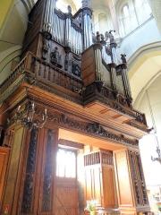 Eglise Saint-Sauveur - Français:   Castelsarrasin - Église Saint-Sauveur - Tribune et buffet d\'orgue