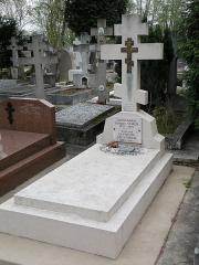 Cimetière de Liers - Русский:   Памятник контр-адмиралу Старку