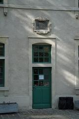 Ancien collège des Jésuites, actuellement Hospice général Museux - pendant les journées du patrimoine. Cour ouest.