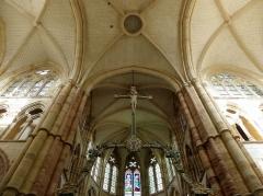 Eglise Saint-Amand - Français:   Intérieur de l\'église Saint-Amand de Saint-Amand-sur-Fion (51).