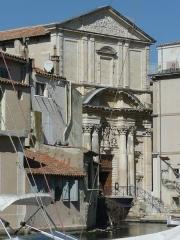 Eglise Sainte-Madeleine de l'Ile - Français:   A Martigues (Bouches-du-Rhône, France), dans le quartier de l\'Île, extérieurs de l\'église La Madeleine.
