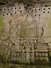Ancienne abbaye - Français:   À l\'arrière de l\'ancienne abbaye Saint-Pierre à Brantôme, la falaise abrite un parcours troglodyte qui permet de découvrir les traces laissées dans la pierre par les premiers moines de ce monastère