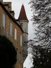 Château de Monsec - La tourelle nord-ouest du château de Monsec, Mouzens, Dordogne, France.