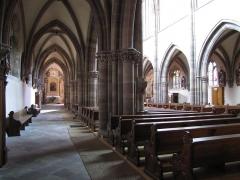 Ancienne abbaye bénédictine - Alsace, Bas-Rhin, Abbatiale Saint-Étienne de Marmoutier (PA00084783, IA67007715). Nef et bas-côté nord vers le chœur.